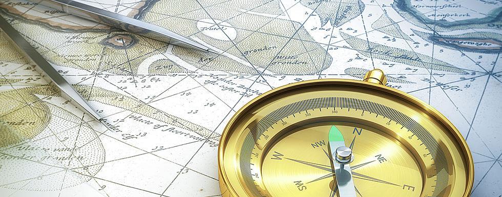 Seekarte, Kompass und Zirkel